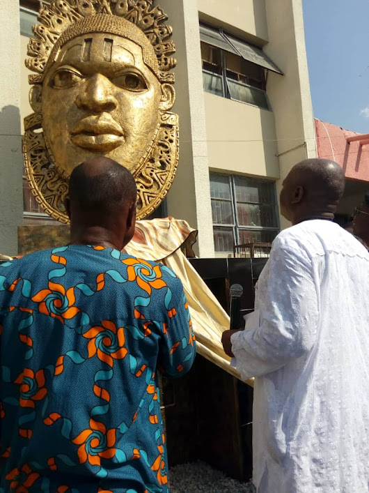 EFIWE NEWS: UIVC, Prof. Olayinka Unveils Queen Idia Sculpture And Other Projects