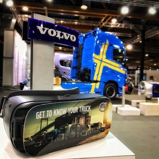 Virtual Reality takes Belgians biggest carshow by suprise! | Virtual Reality