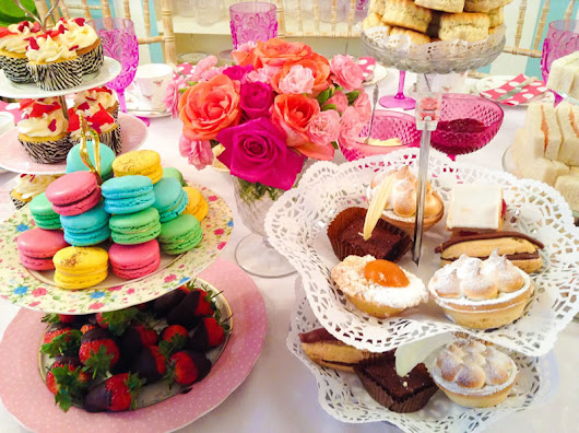 7 reasons to have a tea party for your hen party
