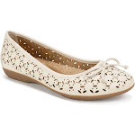 Women's Cliffs by White Mountain Cate Flats