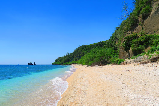 Where to Beach Camp In Batangas for Less than 400 Pesos