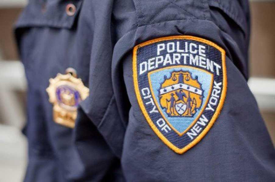Resultado de imagen para policia nueva york pandilla