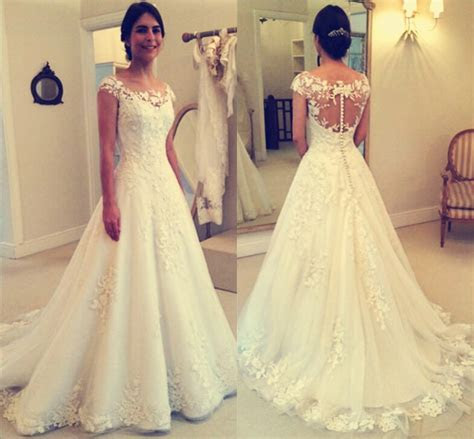 2017 Lace Applique Beach Wedding Dresses Capped Sleeves