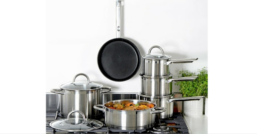 Do You Want a Chance To Win These Professional Kitchen Saucepans?