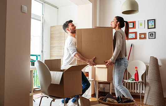 Should I Move Myself or Hire a Mover?