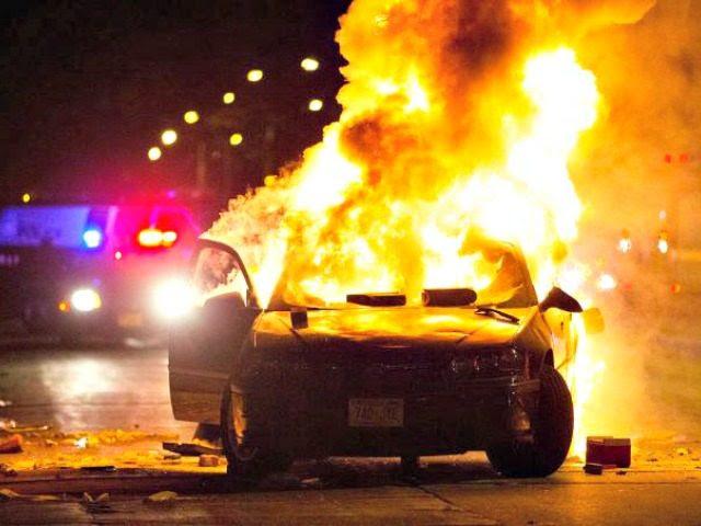 officer-involved-shooting-milwaukee MILWAUKEE JOURNAL-SENTINEL VIA AP