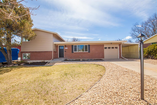 426 S Potomac Cir, Aurora, CO 80012 - Discover Realty