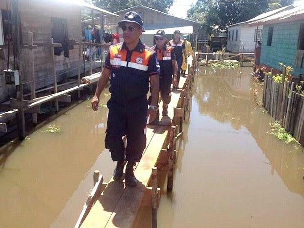 Equipes acompanham situação no município (Foto: Defesa Civil/Divulgação)