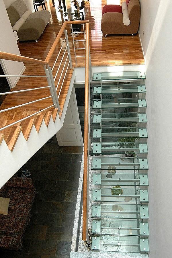 kính làm bậc cầu thang