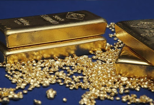 Gold stuck near five-year low as selling pressure continues
