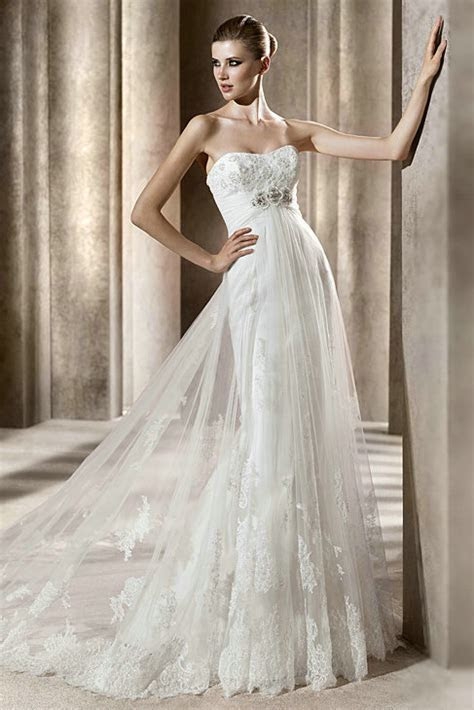 strapless vintage empire lace wedding dress with tulle