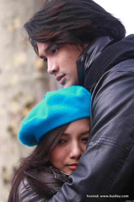 Neelofa & Shah Jaszle Di Paris