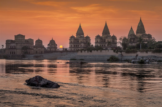 Best Location for a Stunning Orchha Sunset