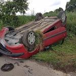 Accidentées dans un virage, deux conductrices pointent le manque de visibilité sur une petite route de l'Orne