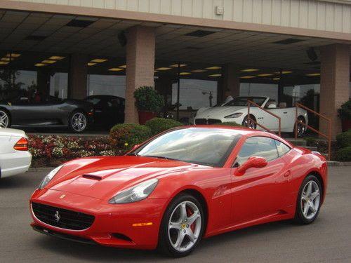 Sell used 2010 Ferrari California Base Convertible 2-Door ...