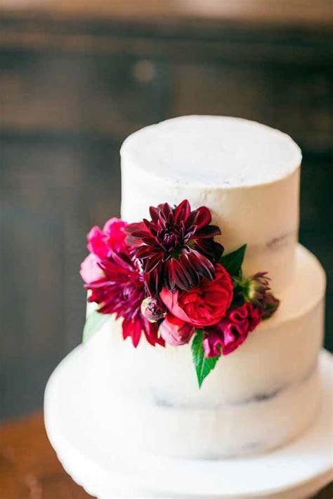 Wedding Wednesday :: Wedding Cakes   Flirty Fleurs The