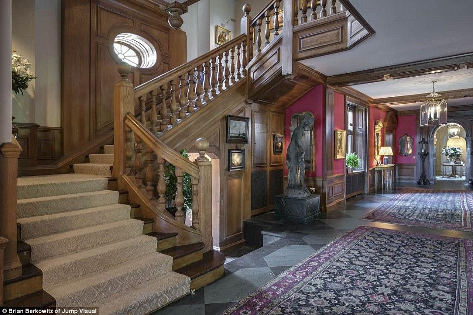 Hoàn hảo: Điều thú vị hơn về tài sản đặc biệt này là chi tiết lịch sử của ngôi nhà chính vẫn còn nguyên vẹn sau gần 100 năm