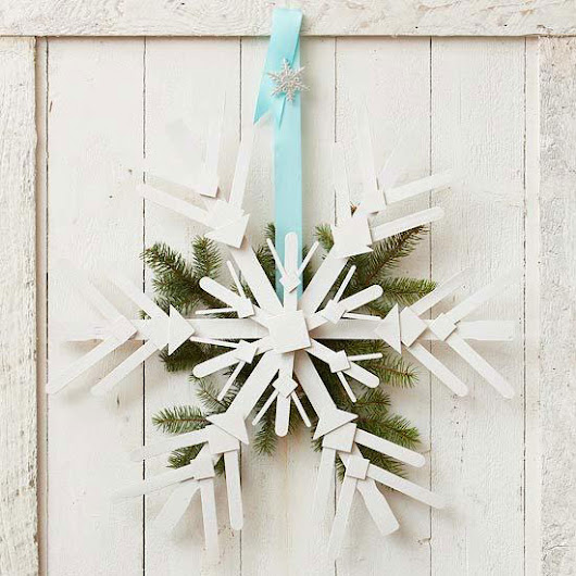 DIY Outdoor Christmas Decorations - Rustic Crafts & Chic Decor