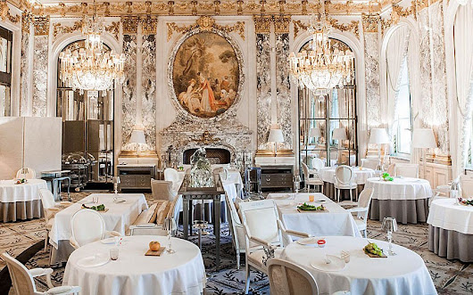 Paris hotels with Michelin-starred restaurants: The Fab Five