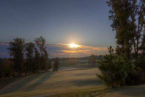 Sunrise 141031 by taduque