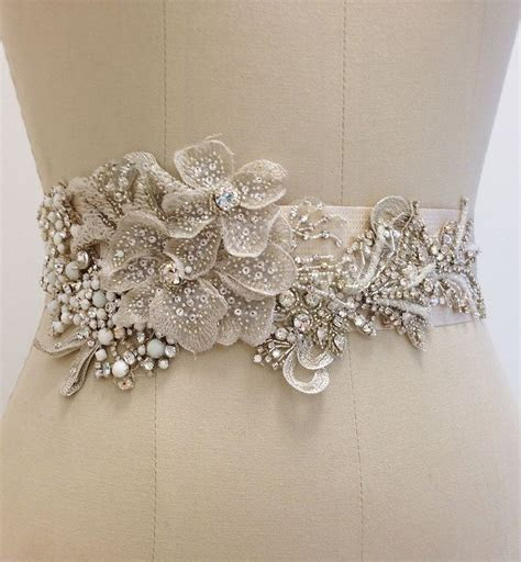 Best 25  Couture beading ideas on Pinterest   Pearl