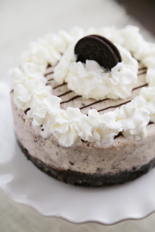 Easy Cookies N Cream Ice Cream Cake