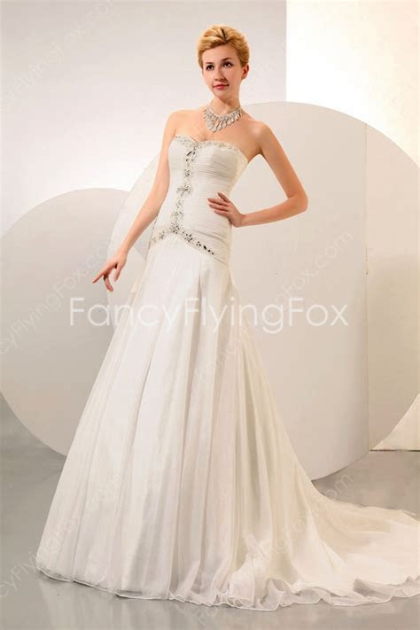 Low Cut Sweetheart Neckline A line Floor Length Wedding