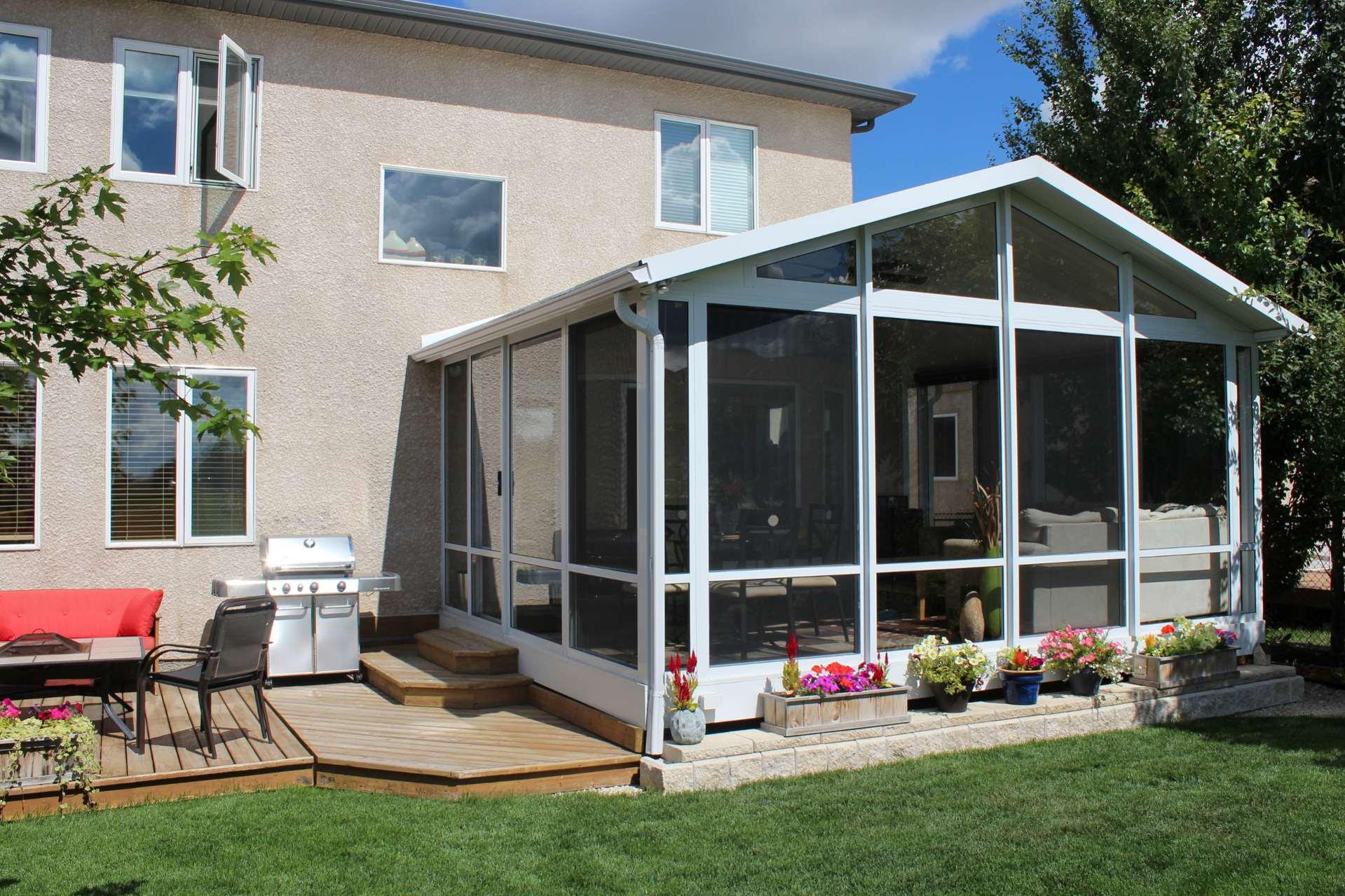 sunroom home flowers garden