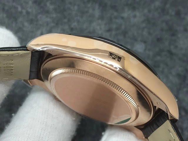 Rolex Daytona 116515 Rose Gold Case