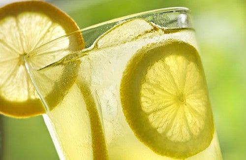 Acqua-limone-500x325