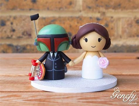 Fabulous Boba Fett and Princess Leia Wedding Cake Topper