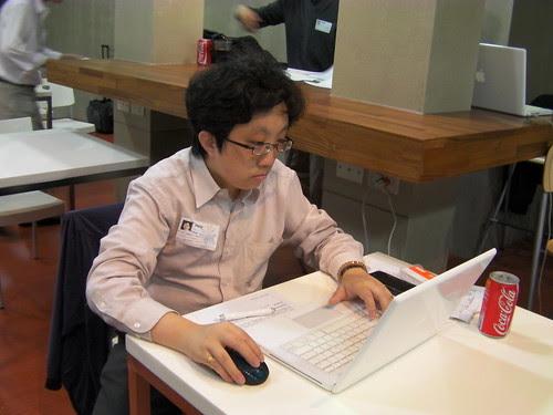 Vista正在用Twitter轉播TaipeiMac iParty