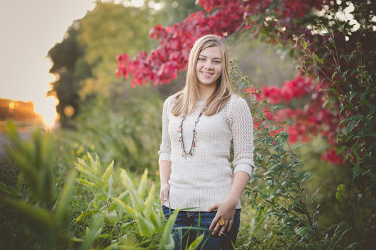 pretty rustic summer and fall senior session bloomer, wi | abby