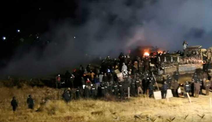 Dakota Access: represión en las protestas contra oleoducto deja 167 heridos.