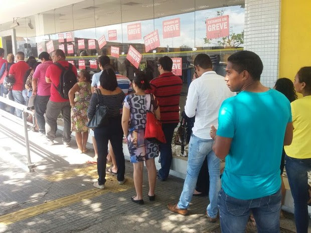 Resultado de imagem para fila banco brasil centro administrativo rn