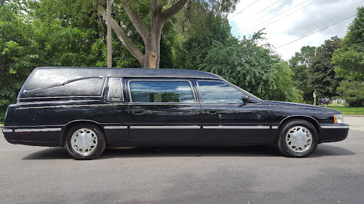 1999 Cadillac Hearse / Funeral Coach with only 59,000 miles