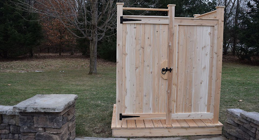 Sunnyside Outdoor Shower Company
