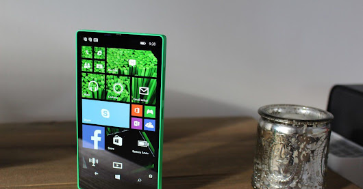 Microsoft almost made a bezel-less Windows Phone in 2014, and it looked great
