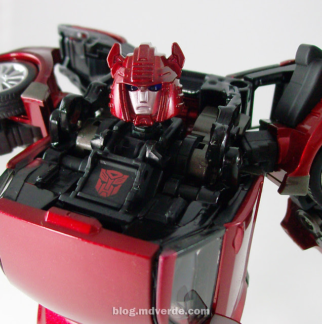 Transformers Cliffjumper Alternity - modo robot