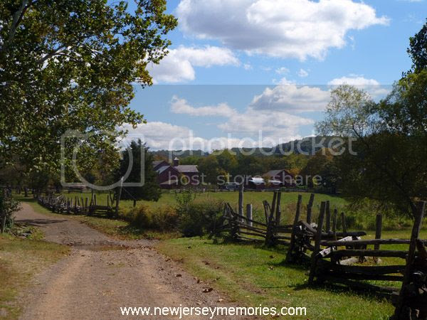 photo HowellLivingHistoryFarm3_zps723ea588.jpg
