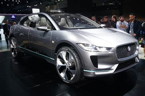 jaguar  pace concept previews electric suv coming
