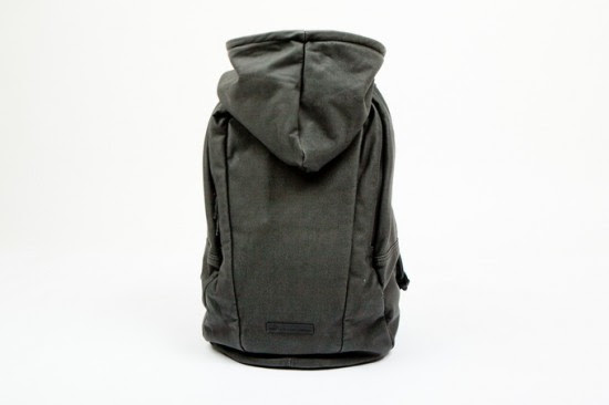 puma-by-hussein-chalayan-2012-spring-summer-urban-mobility-backpack-2-thumb-680x453-204692