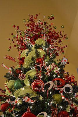 tree topper idea from http://kristenscreationsonline.blogspot.com/