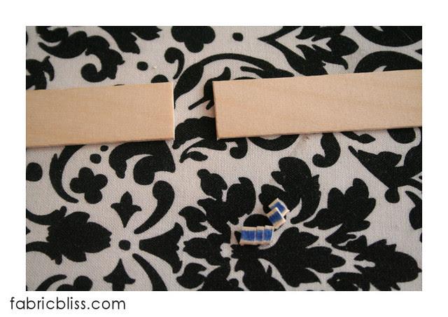 doll hangers 03