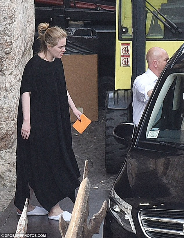 Someone like us!She's been touring Europe as part of her Adele Live tour. And Adele decided to make the most of the Italian stretch of her tour as she stepped out with son Angelo in Verona