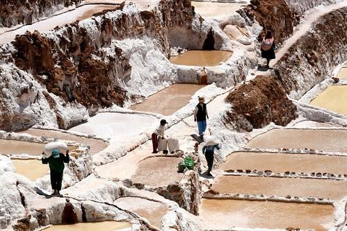 Salt farmers, Maras Salt Mines
