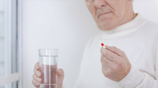 Common painkillers 'increase heart failure risk' - BBC News
