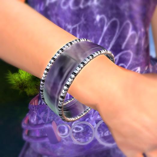 Bennelong Free Bracelet At Dominion
