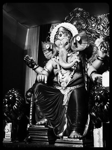 Ganpati Ne Bulaya Aur Ham Nange Pair Chale Aye .. by firoze shakir photographerno1
