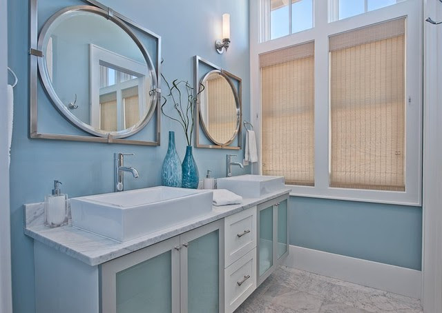 coastal themed bathroom